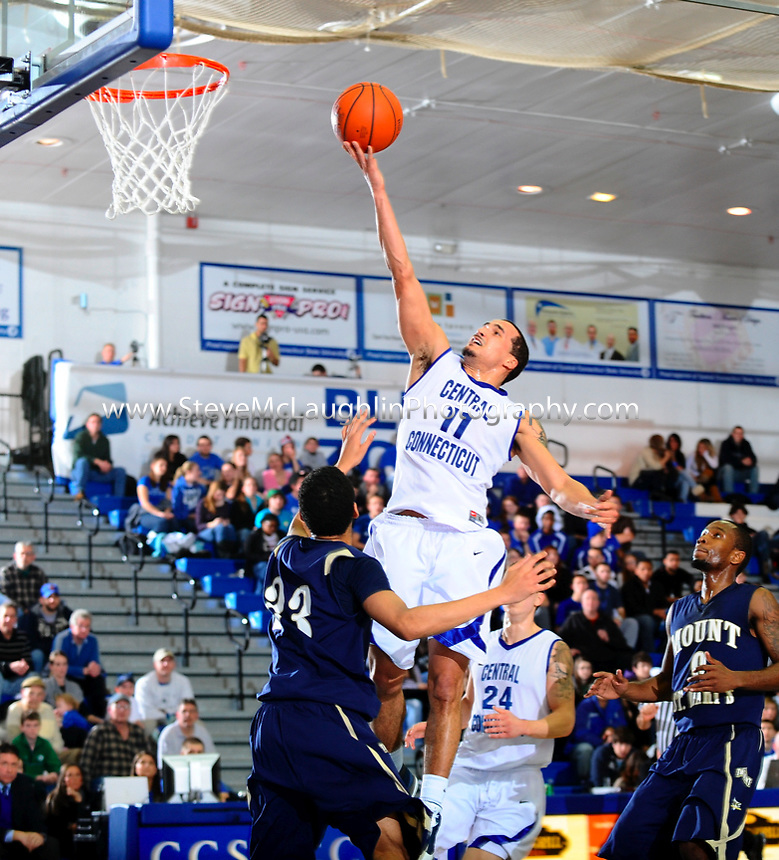 Junior Ken Horton posted his third straight double-double as the Central Connecticut men's basketball team won for the third straight game and the ninth time in the last 11 on Thursday night, topping Mount St. Mary's 71-52. Horton had game-highs of 18 points and 11 rebounds as the Blue Devils improved to 8-1 at home this season.
