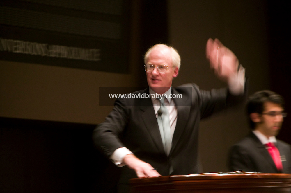 14 November 2006 - New York City, NY - Principal auctioneer Christopher Burge takes bids during a sale of Post-War and Contemporary Art at the Christie?s auction house in New York City, USA, 14 November 2006. The sale reached a total of $239,704,000.