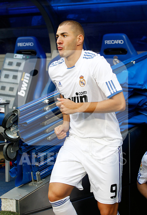 Madrid (11/09/10).- Estadio Santiago Bernabeu..Campeonato Nacional de Liga 2ª Jornada..Real Madrid 1- Osasuna 0.Karim Benzema...© Alex Cid-Fuentes/ALFAQUI