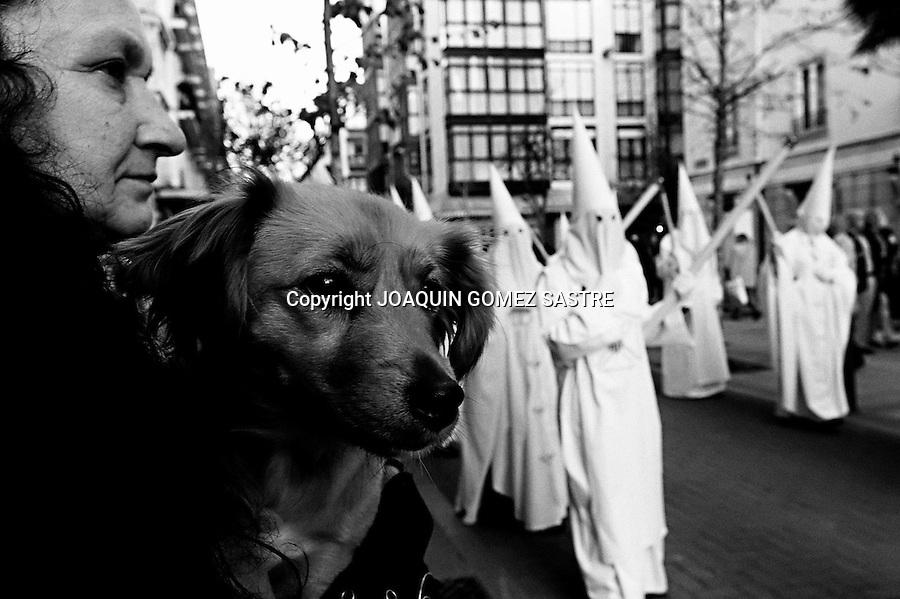 SANTANDER CANTABRIA.PROCESION DE LA COFRADIA DE LA MERCED DURANTE LA SEMANA SANTA  ESTA COMITIVA LLEGA HASTA LA PRISION PROVINCIAL Y  SUELE LIBARAR ALGUN REO CON DELITOS MENORES..FOTO JOAQUIN GOMEZ SASTRE©