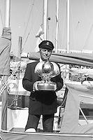 Le trophée de la Whitbread.