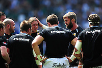 Geoff Parling of Exeter Chiefs speaks to his fellow forwards during the pre-match warm-up. Aviva Premiership Final, between Saracens and Exeter Chiefs on May 28, 2016 at Twickenham Stadium in London, England. Photo by: Patrick Khachfe / JMP