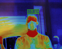 BOGOTÁ - COLOMBIA, 08-06-2020:El Centro Comercial Gran Estación instaló cuatro cámaras térmicas en cada una de sus entradas  para medir la temperatura corporal de sus clientes,trabajadores y preservar la salud de todos , cumpliendo con  los protocolos de bioseguriad para prevenir la propagación de la pandemia del Coronavirus ./The Gran Estación Shopping Center installed four thermal cameras at each of its entrances to measure the body temperature of its clients and workers and preserve the health of all, complying with biosecurity protocols to prevent the spread of the Coronavirus pandemic<br /> . Photo: VizzorImage / Felipe Caicedo / Staff