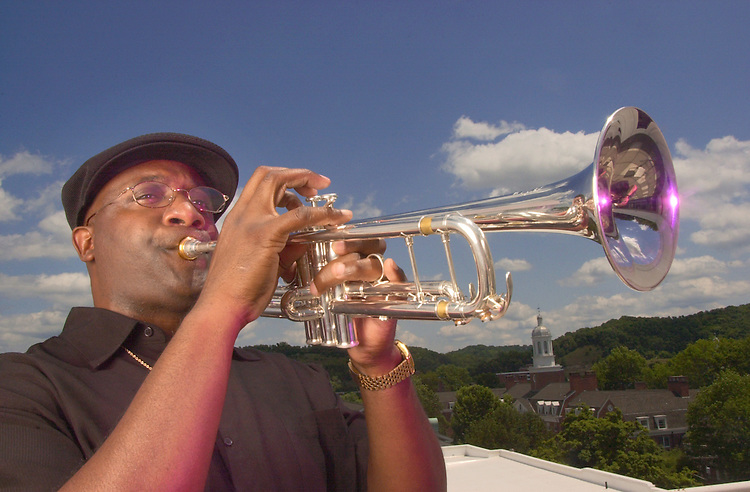 16545Rick Hicks with trumpet he got from famous Player: MUSIC