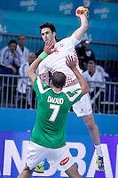 Algeria's Hichem Daoud (d) and Croatia's Marko Kopljar during 23rd Men's Handball World Championship preliminary round match.January 14,2013. (ALTERPHOTOS/Acero) 7NortePhoto