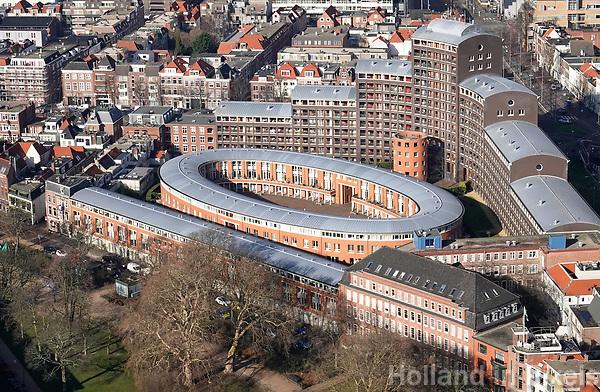 Nederland - Den Haag -  Februari 2019.  Den Haag. Huizen bij Station Holland Spoor.    Foto Berlinda van Dam / Hollandse Hoogte