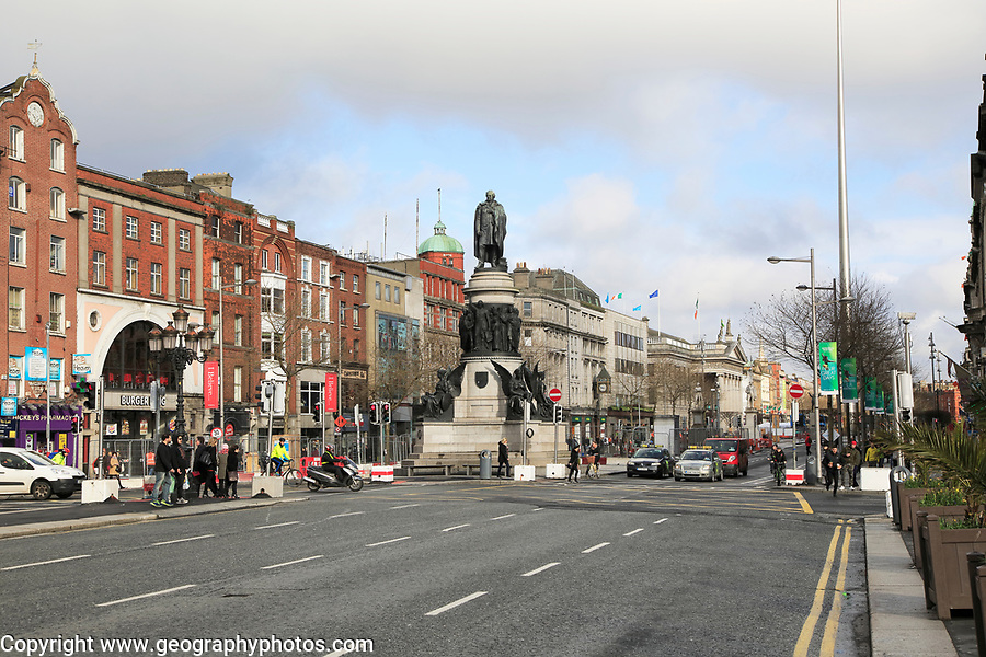 O'Connell Monument, O'Connell Street, city centre of Dublin, Ireland, Irish Republic