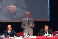 """Giuliano Ferrara, Vittorio Feltri e Alessandro Sallusti all'incontro """"Subito al voto"""" al teatro Manzoni. Milano, 12 novembre 2011.Giuliano Ferrara, Vittorio Feltri and Alessandro Sallusti at the meeting """"Vote now"""" at Manzoni theater. Milan, November 12, 2011."""