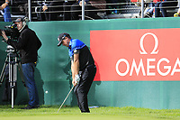 Scott Hend (AUS) chips onto the 18th green on the 3rd playoff hole during Sunday's Final Round of the 2017 Omega European Masters held at Golf Club Crans-Sur-Sierre, Crans Montana, Switzerland. 10th September 2017.<br /> Picture: Eoin Clarke | Golffile<br /> <br /> <br /> All photos usage must carry mandatory copyright credit (&copy; Golffile | Eoin Clarke)