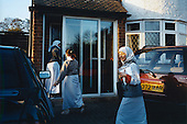Middle-class Muslim girls return home after attending madrassa (koran school) in Leicester. The girls studies Islam everyday after their regular school...Leicester is expected to be the first city in the UK to have a majority non-white population within the next few years. It is one of the most ethnically-diverse cities in Europe. ....Picture taken April 2005 by Justin Jin