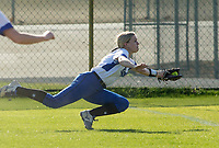 NWA Democrat-Gazette/BEN GOFF @NWABENGOFF<br /> Jadyn Heinle, Rogers right fielder, dives to make a catch  to end the top of the 4th inning Thursday, April 12, 2018, during the game against Springdale Har-Ber at Veterans Park in Rogers.