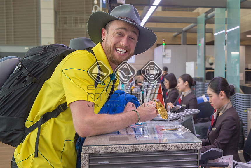 Home / Team depart from Seoul airport as Simon Patmore shows off his gold medal<br /> PyeongChang 2018 Paralympic Games<br /> Australian Paralympic Committee<br /> Sydney International Airport<br /> PyeongChang South Korea<br /> Tuesday March 20th 2018<br /> &copy; Sport the library / Jeff Crow