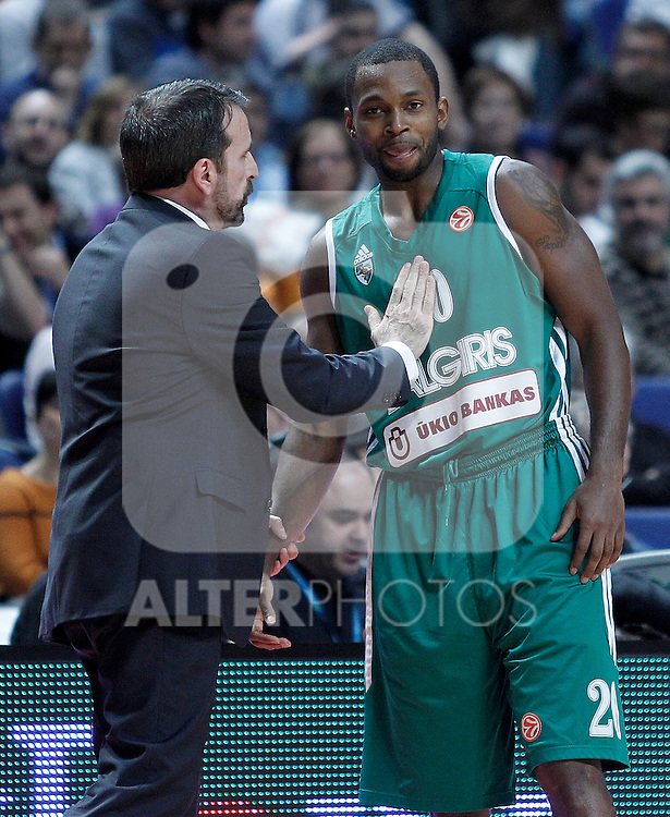 Zalgiris Kaunas' coach Joan Plaza (l) and Oliver Lafayette during Euroleague 2012/2013 match.January 11,2013. (ALTERPHOTOS/Acero)
