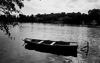 09.1999 <br /> <br /> Boulogne wood.<br /> <br /> Bois de boulogne.