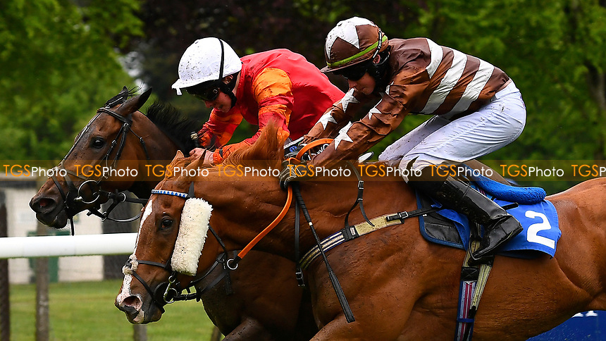 Winner of The Shadwell Stud Racing Excellence Apprentice Handicap (Div 2),Many Dreams white cap ridden by Jason Watson and trained by Gary Moore  during Afternoon Racing at Salisbury Racecourse on 18th May 2017