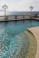 Europe/France/Provence-Alpes-Côte d'Azur/13/Bouches-du-Rhône/Marseille: Le Petit Nice, 160, corniche Kennedy  la terrasse et  la piscine sur la corniche