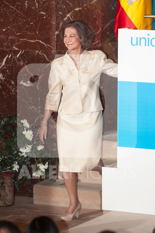 Queen Sofia of Spain receives the UNICEF Spain Award during the ceremony in Madrid, Spain. June 23, 2015. (ALTERPHOTOS/Victor Blanco)