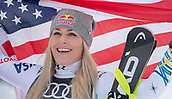 10th February 2019, Are, Sweden; Alpine skiing: Combination, ladies: downhill; Lindsey Vonn from the USA  after the race with the US flag.