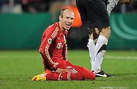 Fussball DFB Pokal:  Saison   2011/2012  Achtelfinale  20.12.2011 VfL Bochum - FC Bayern Muenchen  Enttaeuschung nach der Schwalbe von Arjen Robben (FC Bayern Muenchen)