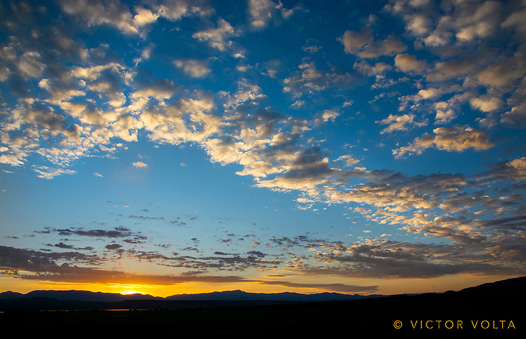 Sunrise near Crowley Lake