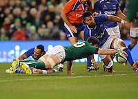 9th November 2013; Sean O'Brien, Ireland, scores a try. Autumn International Series, Ireland v Samoa, Aviva Stadium, Dublin. Picture credit: Tommy Grealy/actionshots.ie.