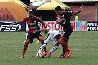 CUCUTA - COLOMBIA-20-10-2013. Aspecto del partido entre Cucuta y Alianza Petrolera válido para la fecha 15 de la Liga Postobón jugado en el Estadio General Santander en Cucuta./  Aspect of the match between Cucuta and Alianza Petrolera valid for date 15th Liga Postobón played at General Santander stadium Cucuta city. Photo: VizzorImage / Manuel Hernandez / Stringer