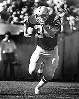 Oakland Raider running back Mark Van Eeghen<br />(1978 photo by Ron Riesterer)