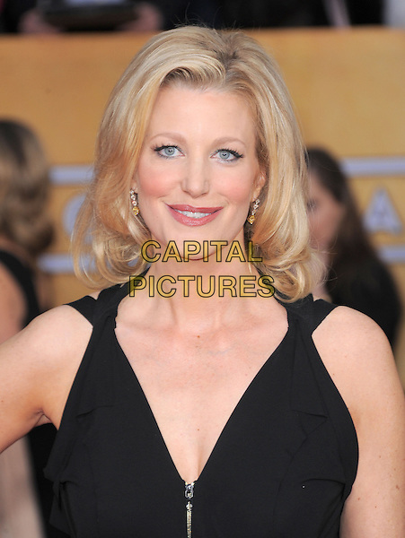 Anna Gunn.Arrivals at the 19th Annual Screen Actors Guild Awards at the Shrine Auditorium in Los Angeles, California, USA..27th January 2013.SAG SAGs headshot portrait black.CAP/DVS.©DVS/Capital Pictures.