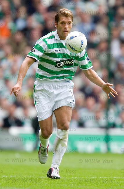 Stillian Petrov, Celtic.stock season 2004-2005.pic willie vass