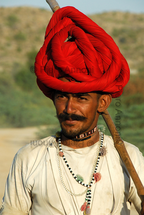 Indian shepherd - Pastore indiano con turbante