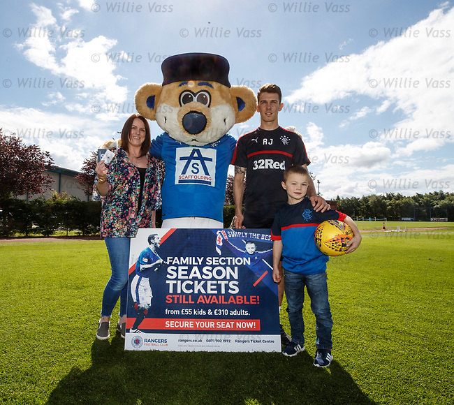 Ryan Jack with Broxi, Dylan Matthew (6) and mum Gemma from East Kilbride as Rangers promote family season tickets