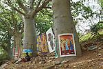 Africa, Afrika, Senegal, 17-09-2011, Dakar, Dakkar, Voor de kust van Dakar ligt het voormalige slaveneiland Isle de Goré. ( Goeree, uit het Nederlands) Tijdens de slavenhandel geregeerd door Nederlanders, en later over genomen door de Fransen.. Ook dit eiland staat op de UNESCO wereld erfgoed lijst. Kunstenaars bieden hun kunst aan op het eiland aan de toeristen. foto: michael Kooren/HH