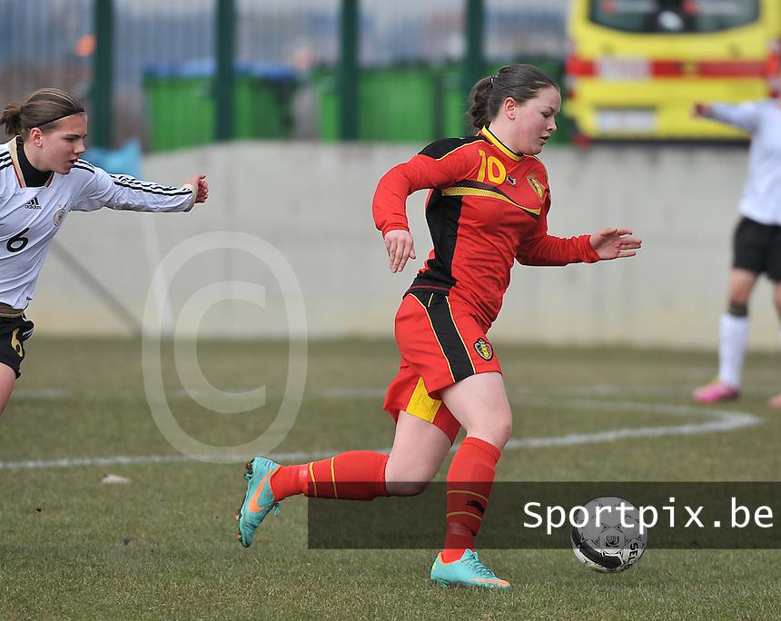 Belgie U17 - Duitsland U17 : Valentine Hannecart.foto DAVID CATRY / Vrouwenteam.be