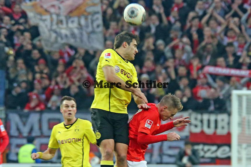 Kopfball Sokratis (BVB)- 1. FSV Mainz 05 vs. Borussia Dortmund, Coface Arena, 14. Spieltag