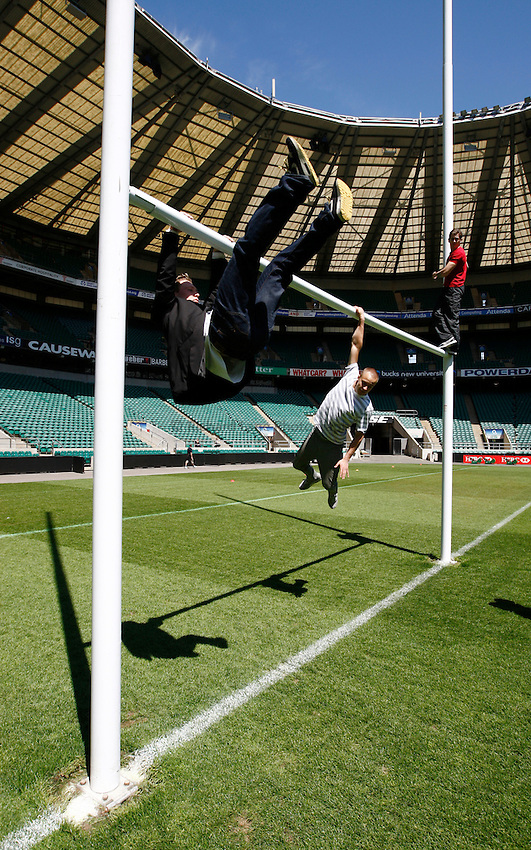 Photo: Richard Lane/Richard Lane Photography. .Filming day for O2 Touch viral video at Twickenham. 25/05/2011.