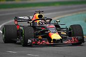 24th March 2018, Melbourne Grand Prix Circuit, Melbourne, Australia; Melbourne Formula One Grand Prix, qualifying; Daniel Ricciardo of Australia driving the (3) Aston Martin Red Bull Racing RB14 TAG Heuer
