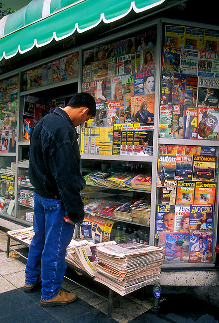 Newsstand, kiosk, Miraflores district, Lima, Lima Province, Peru, South America