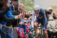 Chris Froome (GBR/SKY) cheered up Mont Fløyen on his way to bronze<br /> <br /> Men Elite Individual Time Trial<br /> <br /> UCI 2017 Road World Championships - Bergen/Norway