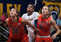 Reshanda Gray of California in action during the game against Oregon State at Haas Pavilion in Berkeley, California on January 3rd, 2014.  California defeated Oregon State, 72-63.