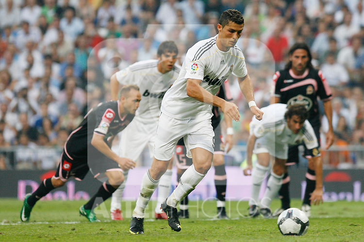 Real Madrid's Cristiano Ronaldo during La Liga match.August 29 2009. (ALTERPHOTOS/Acero).