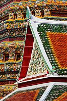 Rooftop architecture and chedi, Wat Pho, Bangkok, Thailand