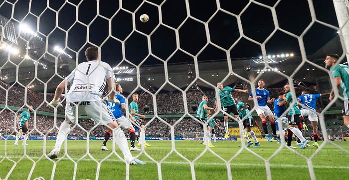 22.08.2019 Legia Warsaw v Rangers: Nikola Katic goes close with a header