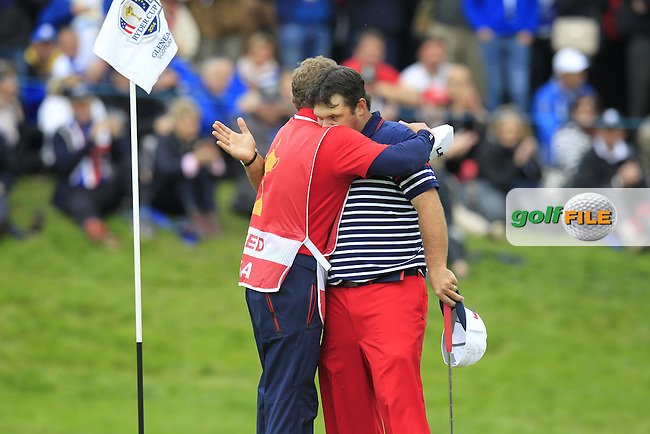 Patrick Reed (USA) beats Henrik Stenson (EUR) on the 18th green during Sunday's Singles Matches of the Ryder Cup 2014 played on the PGA Centenary Course at the Gleneagles Hotel, Auchterarder, Scotland.: Picture Eoin Clarke, www.golffile.ie: 28th September 2014
