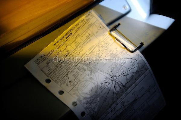 copyright : magali corouge / Documentography.10/06/09.Me?tier : Pilote..fiche de vol.