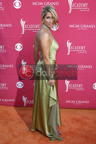 Heidi Newfield<br />