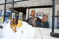 Sasabe  Confine Arizona Messico negozio e venditore di birre