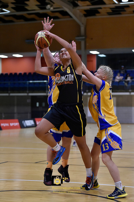 Shale Salmon in action during the WBC - Capital Flyers v Tauranga City Coasters at Te Rauparaha Arena, Porirua, New Zealand on Thursday 4 June 2015.<br />