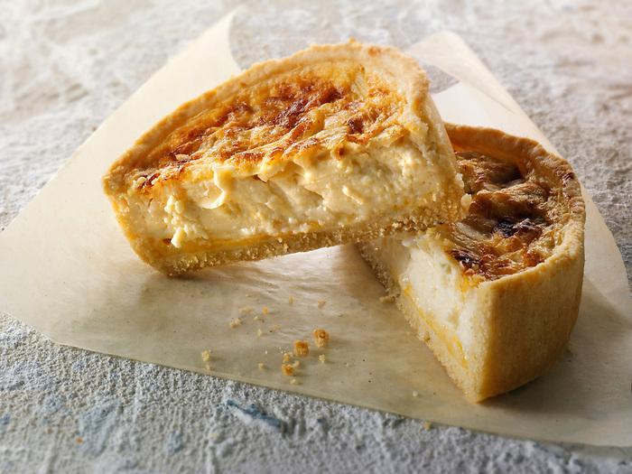 Cut mini cheese quiche