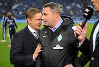 FUSSBALL   1. BUNDESLIGA    SAISON 2012/2013    11. Spieltag   FC Schalke - 04 Werder Bremen                              10.11.2012 Horst Heldt (li, FC Schalke 04)  und Manager Klaus Allofs (re, SV Werder Bremen)