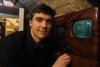 06/05/09 John Logie Baird grandson